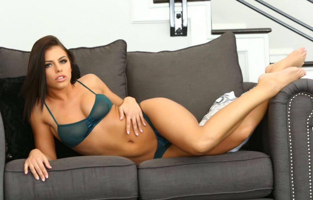 Adriana Chechick  Cam Girl